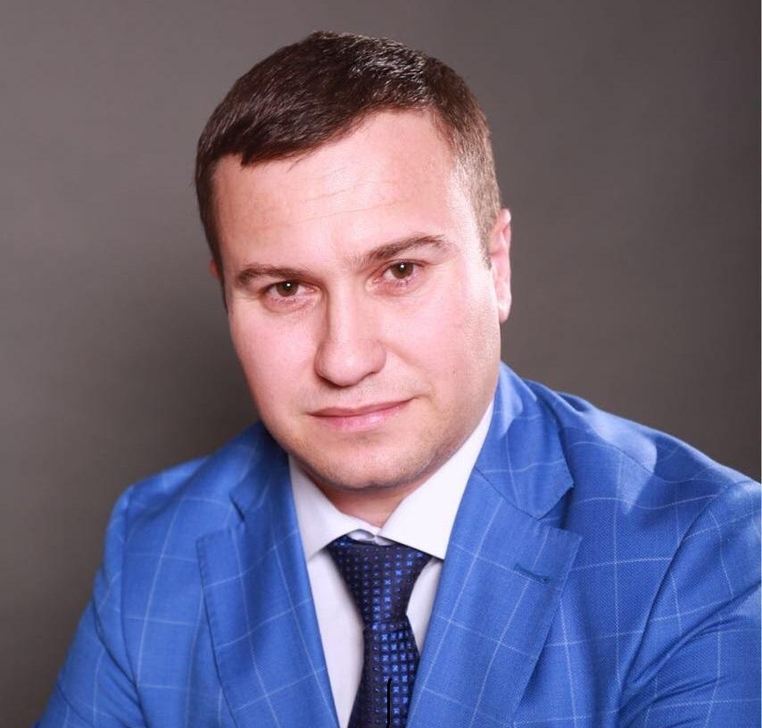 Директор по стратегическим коммуникациям, эксперт по связям со странами мусульманского мира
